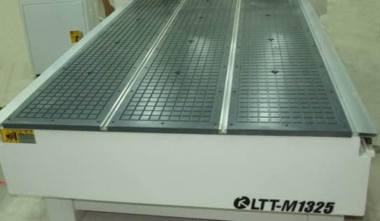 Фрезерный станок с ЧПУ BL-M1325B