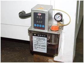 Фрезерный станок с ЧПУ TM-1335C система смазки